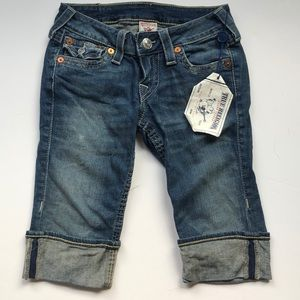 True Religion Knee Length Short. Size 25